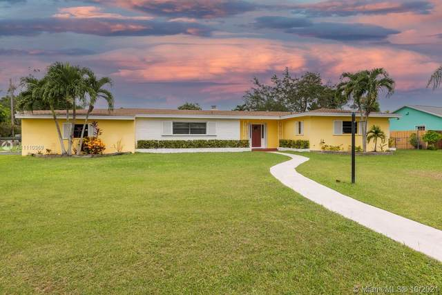 17395 SW 299th St, Homestead, FL 33030 (MLS #A11110369) :: Castelli Real Estate Services