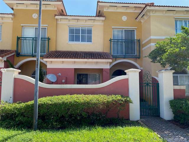2992 NW 36th Ter #2992, Lauderdale Lakes, FL 33311 (MLS #A11110374) :: Castelli Real Estate Services