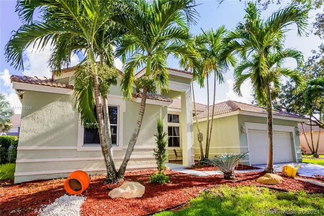 970 Greenwood Rd, Weston, FL 33327 (MLS #A11110398) :: Re/Max PowerPro Realty