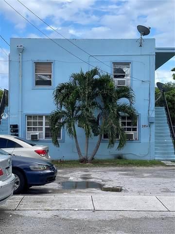 2050 Lincoln Ave, Opa-Locka, FL 33054 (MLS #A11110552) :: The MPH Team