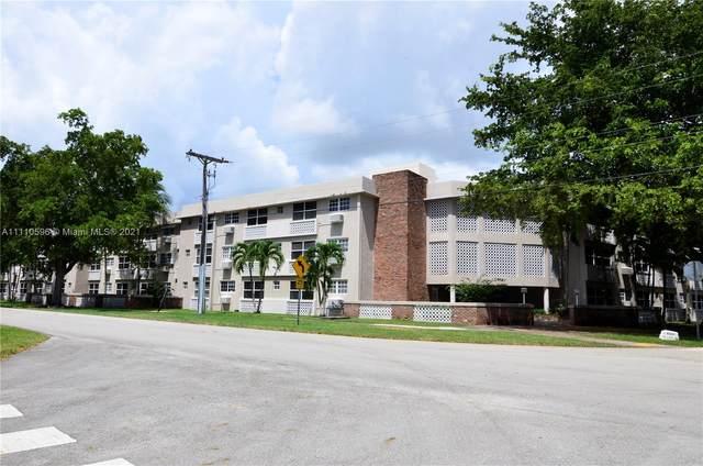 6580 Santona St A12a, Coral Gables, FL 33146 (MLS #A11110596) :: Castelli Real Estate Services