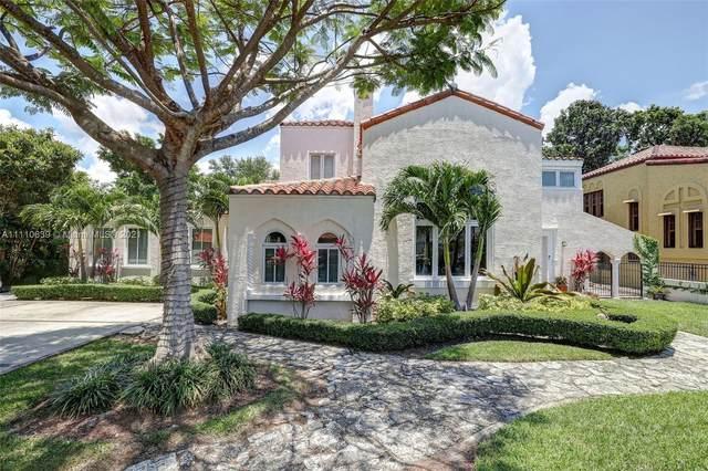319 Mendoza Ave, Miami, FL 33134 (MLS #A11110639) :: Jose Laya