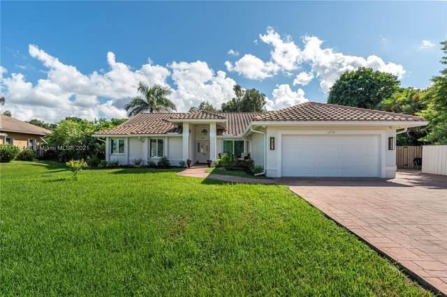 12150 NW 21st Ct, Plantation, FL 33323 (MLS #A11110660) :: Search Broward Real Estate Team