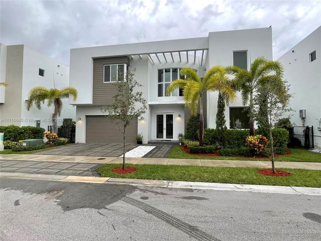7478 NW 99th Ave, Doral, FL 33178 (MLS #A11110680) :: Re/Max PowerPro Realty