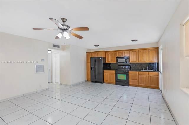 1765 Venice Ln 2E, North Miami, FL 33181 (MLS #A11110852) :: The Jack Coden Group