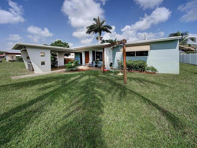 7561 Eaton St, Hollywood, FL 33024 (MLS #A11111346) :: Castelli Real Estate Services