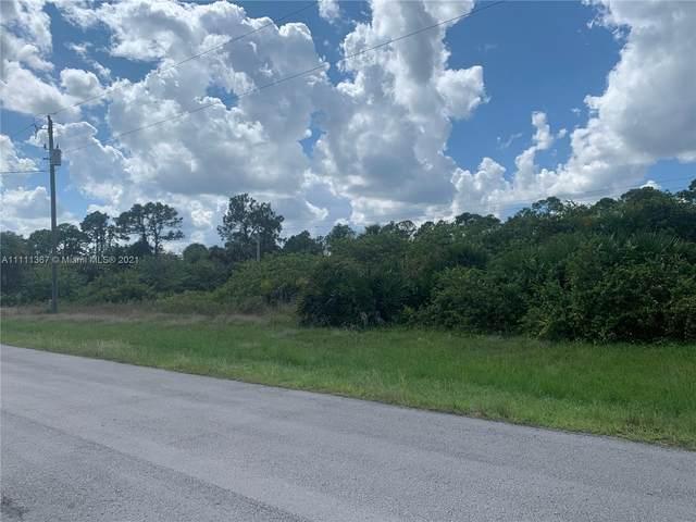 8011 Buttercup Cir, La Belle, FL  (MLS #A11111367) :: Castelli Real Estate Services