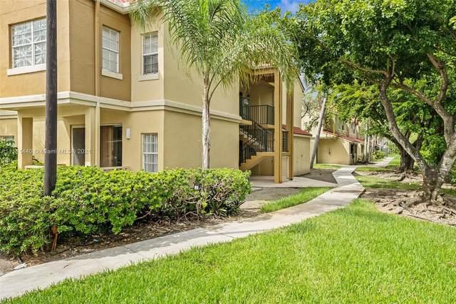 18352 NW 68th Ave P, Hialeah, FL 33015 (MLS #A11111440) :: Jose Laya