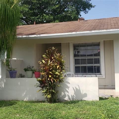 5470 S Lakewood Cir S E, Margate, FL 33063 (MLS #A11111472) :: Dalton Wade Real Estate Group