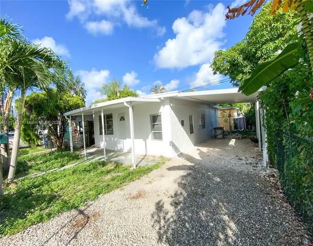 13625 NE 20th Pl, North Miami Beach, FL 33181 (MLS #A11111551) :: Castelli Real Estate Services