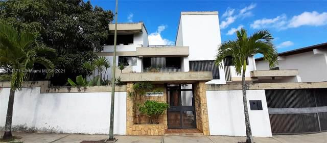14 E Samanes, Urb Los Samanes Caracas, FL  (MLS #A11111711) :: ONE | Sotheby's International Realty