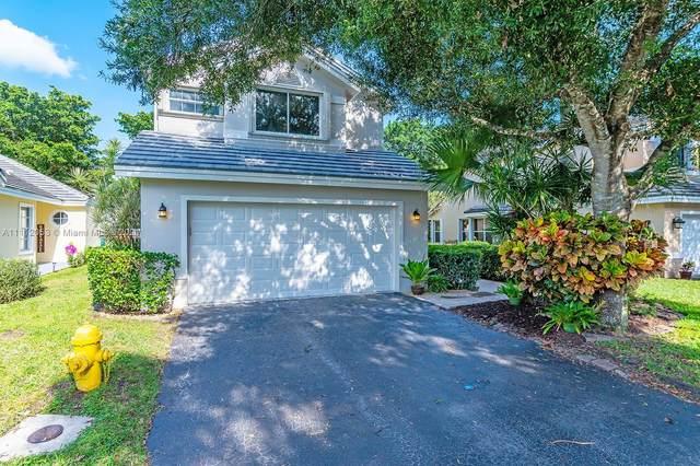 2974 Myrtle Oak Cir, Davie, FL 33328 (MLS #A11112053) :: Green Realty Properties