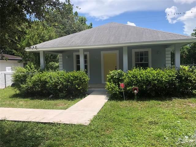 270 NW 41st St, Miami, FL 33127 (MLS #A11112106) :: Jose Laya