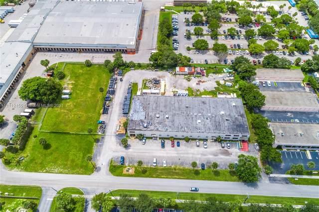 1400 NW 3rd St, Deerfield Beach, FL 33442 (MLS #A11112155) :: Castelli Real Estate Services