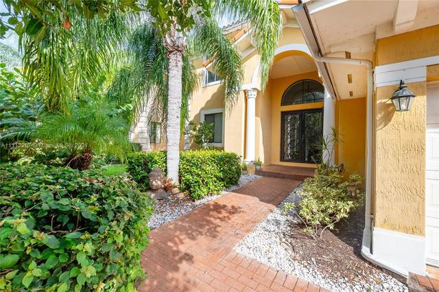 7547 SW 191st St Na, Cutler Bay, FL 33157 (MLS #A11112207) :: The Pearl Realty Group