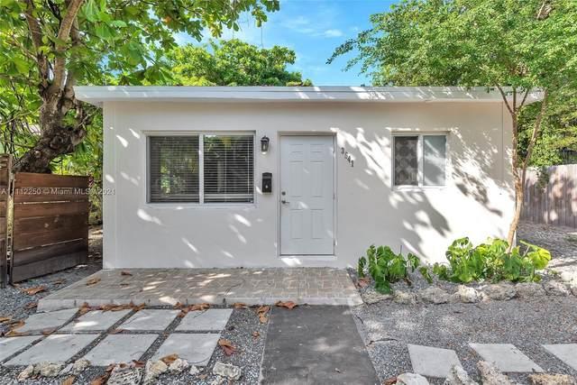 3547 William Ave, Miami, FL 33133 (MLS #A11112250) :: Castelli Real Estate Services