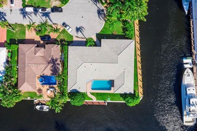 5201 NE 33rd Ave, Fort Lauderdale, FL 33308 (MLS #A11112353) :: Castelli Real Estate Services