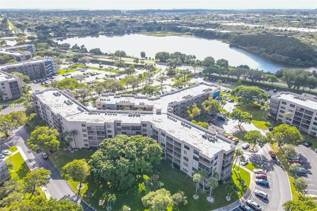 1000 Colony Point Cir #310, Pembroke Pines, FL 33026 (MLS #A11112464) :: The Teri Arbogast Team at Keller Williams Partners SW