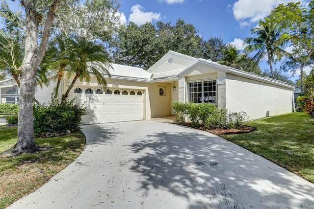 9422 NW 8th Circle #9422, Plantation, FL 33324 (MLS #A11112475) :: Search Broward Real Estate Team