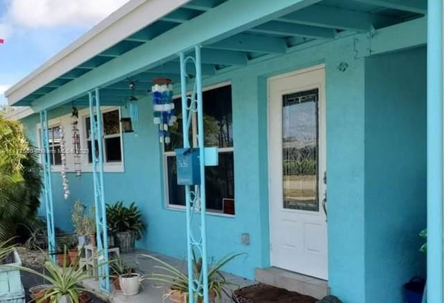 3636 SW 23rd St, Fort Lauderdale, FL 33312 (#A11112600) :: Posh Properties