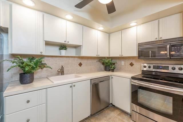 900 Saint Charles Pl #722, Pembroke Pines, FL 33026 (MLS #A11112627) :: Castelli Real Estate Services