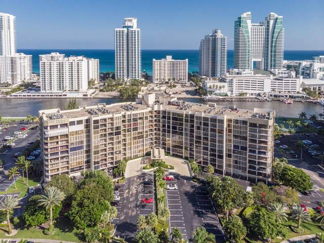 600 Parkview Dr #1129, Hallandale Beach, FL 33009 (MLS #A11112655) :: Lana Caron Group