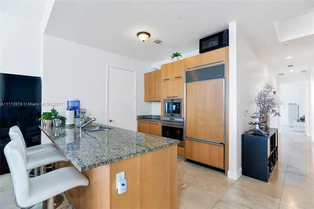 15811 Collins Ave #3202, Sunny Isles Beach, FL 33160 (MLS #A11112678) :: Berkshire Hathaway HomeServices EWM Realty