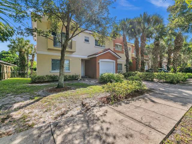 1304 NW 3rd St, Fort Lauderdale, FL 33311 (MLS #A11112691) :: The MPH Team