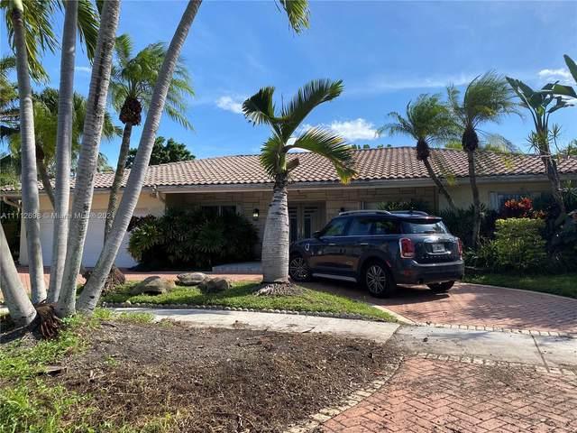 2120 NE 211 Terrace, Miami, FL 33179 (MLS #A11112698) :: Green Realty Properties