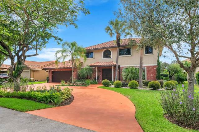4921 NW 48th Ave, Coconut Creek, FL 33073 (MLS #A11112756) :: Rivas Vargas Group