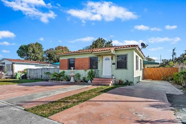 310 E 17th St, Hialeah, FL 33010 (MLS #A11113001) :: Green Realty Properties