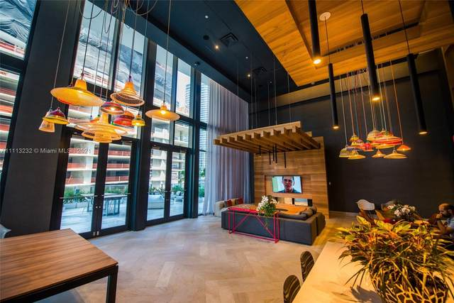 1010 Brickell Av #4006, Miami, FL 33131 (MLS #A11113232) :: Berkshire Hathaway HomeServices EWM Realty