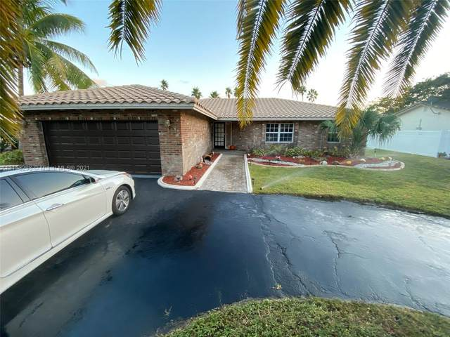 8940 NW 2nd St, Coral Springs, FL 33071 (MLS #A11113298) :: Lana Caron Group