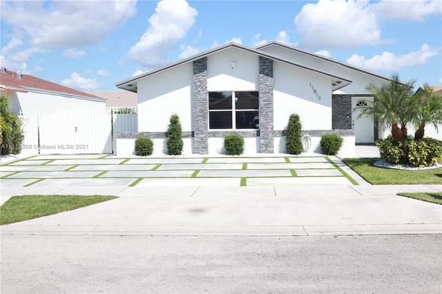 11813 SW 210th St, Miami, FL 33177 (MLS #A11113398) :: Rivas Vargas Group