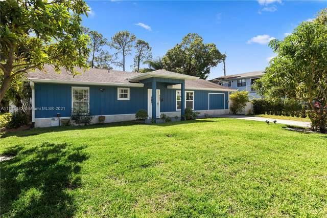 8603 Brookeline Ave, Fort Pierce, FL 34951 (MLS #A11113482) :: Castelli Real Estate Services