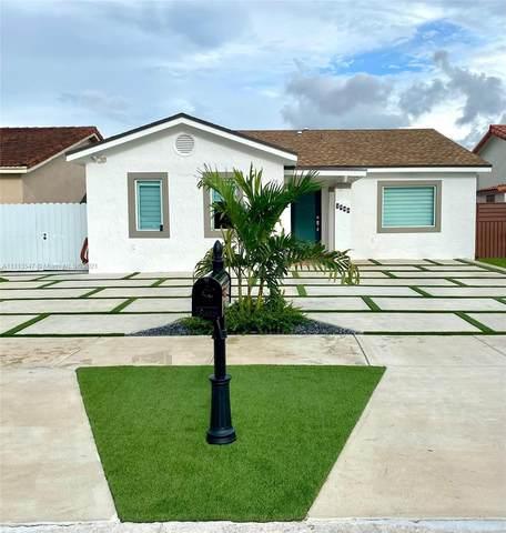 1749 SW 138th Ave, Miami, FL 33175 (MLS #A11113547) :: Castelli Real Estate Services