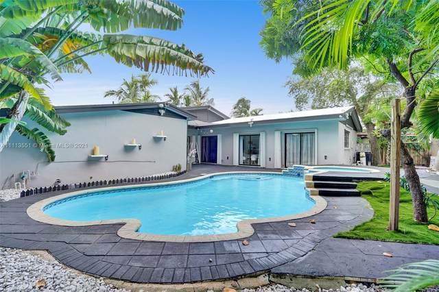550 NE 180th Dr, North Miami Beach, FL 33162 (#A11113551) :: Posh Properties