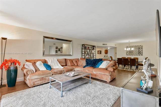 12000 N Bayshore Dr #312, North Miami, FL 33181 (MLS #A11113586) :: Green Realty Properties