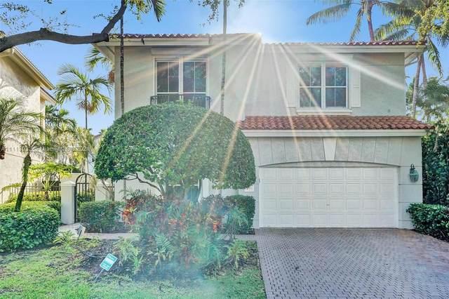 1547 Mariner Way, Hollywood, FL 33019 (MLS #A11113932) :: Lana Caron Group