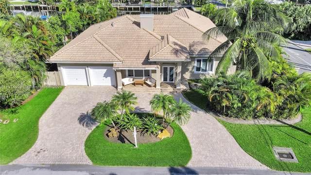 543 Hibiscus Dr, Hallandale Beach, FL 33009 (MLS #A11114023) :: Lana Caron Group