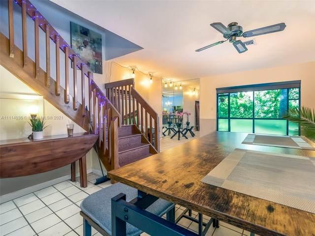 588 Westree Ln, Plantation, FL 33324 (MLS #A11114036) :: Lana Caron Group