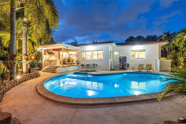 960 NE 92nd St, Miami Shores, FL 33138 (MLS #A11114132) :: Lana Caron Group