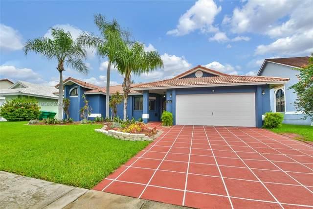 670 SE 4th Ct, Dania Beach, FL 33004 (MLS #A11114356) :: Lana Caron Group