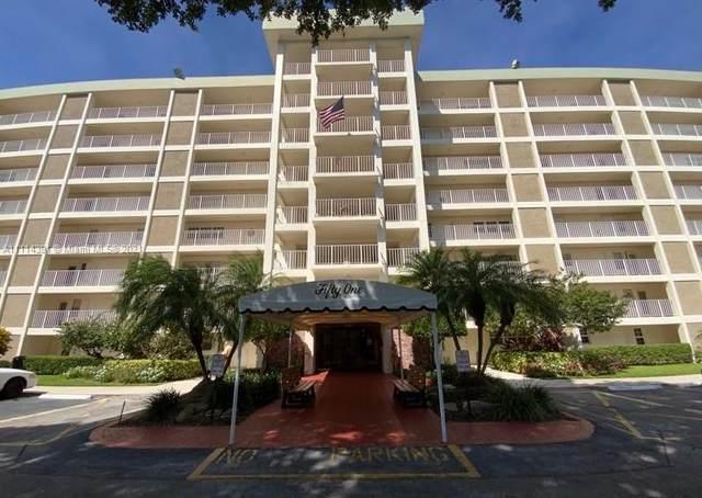 3080 N Course Dr #304, Pompano Beach, FL 33069 (MLS #A11114391) :: Patty Accorto Team