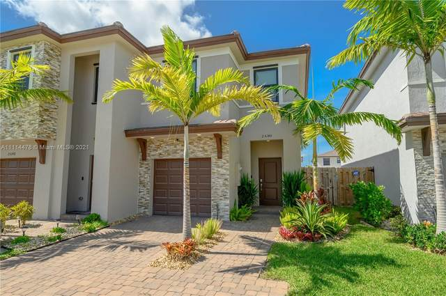25140 SW 107th Ct #25140, Homestead, FL 33032 (MLS #A11114478) :: Castelli Real Estate Services