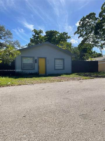 1412 SW 33rd Ct, Fort Lauderdale, FL 33315 (MLS #A11114492) :: Green Realty Properties
