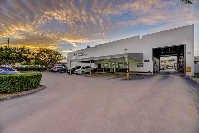 10750 NW 23rd Street, Doral, FL 33172 (MLS #A11114683) :: CENTURY 21 World Connection