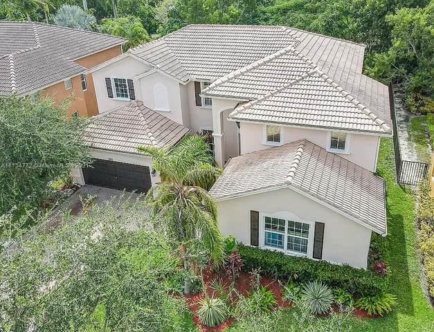 3743 W Gardenia Ave, Weston, FL 33332 (MLS #A11114772) :: All Florida Home Team