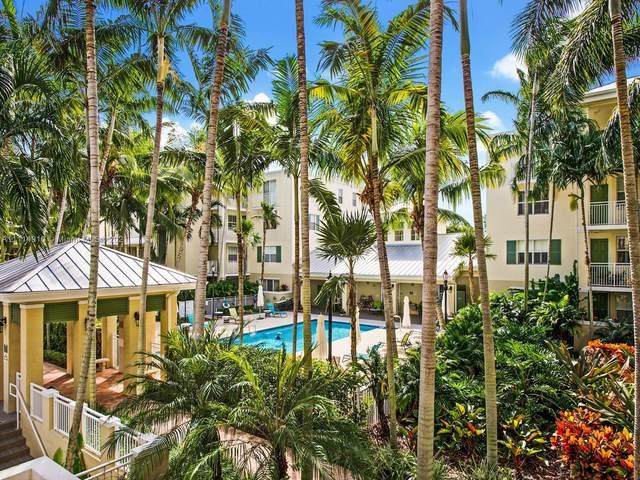 7588 SW 102nd St #203, Pinecrest, FL 33156 (MLS #A11114910) :: Berkshire Hathaway HomeServices EWM Realty