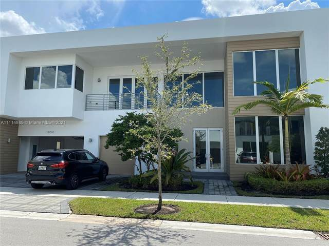 10250 NW 75th Ter, Doral, FL 33178 (MLS #A11114985) :: Castelli Real Estate Services